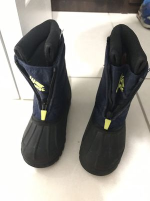 Snow and water toddlers shoes boot for Sale in Miami, FL