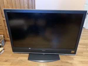 """Sony Bravia LCD 47"""" Flat Screen TV for Sale in Lake Forest Park, WA"""