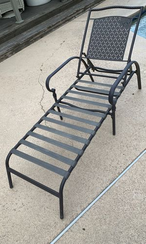 Martha Stewart Pool Lounge Chairs 2 for Sale in Modesto, CA