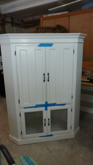 Custom corner hutch and bookcase for Sale in Shelton, WA
