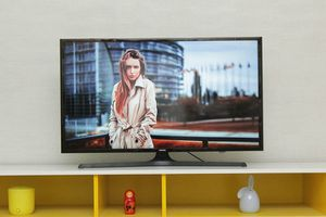 """40"""" SAMSUNG FHD 1080p SMART LED HDTV for Sale in Chicago, IL"""