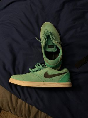Nike SB shoes size 8 for Sale in Florissant, MO