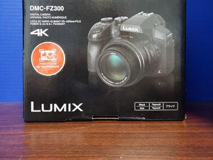 Panasonic Lumix DMC-FZ300 Digital Camera Black for Sale in Brooklyn, NY