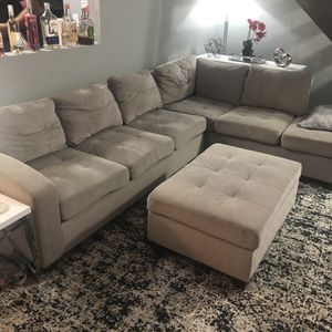 Sectional Couch for Sale in Bolingbrook, IL