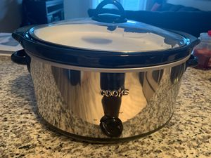 Crock-Pot Design To Shine 7-qt. Slow Cooker for Sale in Severn, MD