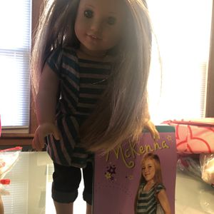 American Girl Doll McKenna for Sale in Chicago, IL