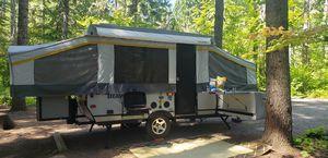 2012 Forest River Palomino Traverse - Acadia Model Camper Trailer for Sale in Kirkland, WA