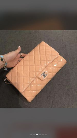 Chanel classic timeless bag for Sale in Bellevue, WA