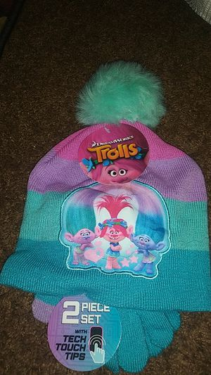 Trolls poppy hat and gloves for Sale in Lancaster, CA
