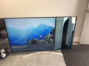 "4K HDR Smart LED SUPER UHD TV w/ AI ThinQ® - 65"" Class (64.5"" Diag) (BROKEN) for Sale in Hialeah, FL"