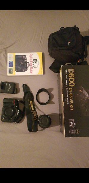 Nikon D600 for Sale in Glendora, CA