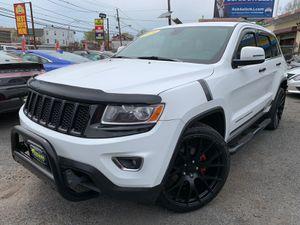 2014 Jeep Grand Cherokee Laredo for Sale in Irvington, NJ