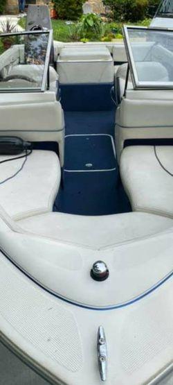 2001 Bayliner Capri for Sale in Falls Church,  VA