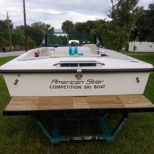 1988 American Skier Competition Ski Boat with Trailer 350 Small Block engine for Sale in Alva, FL