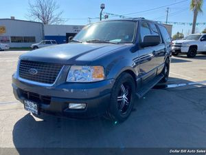 2004 Ford Expedition XLT for Sale in Visalia, CA