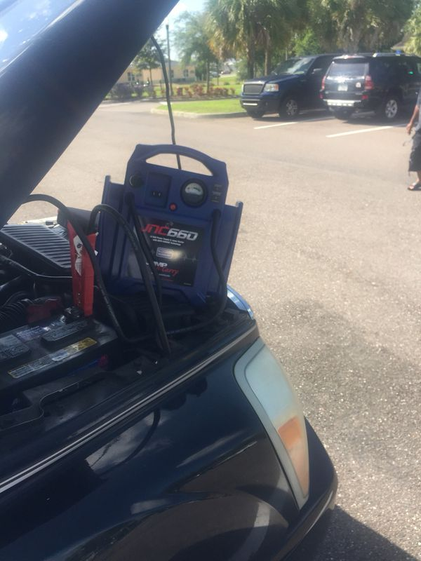 Lockout services jumpstarts & fuel delivery 2 gal min