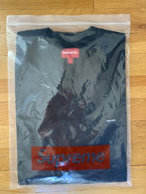 Supreme Small Box Tee for Sale in Staten Island, NY