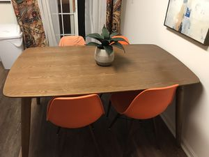 Kitchen Dining Table & Chairs for Sale in Glyndon, MD