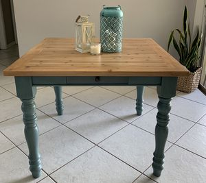 Farmhouse wood dining kitchen table for Sale in Margate, FL