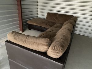 Large couch for Sale in Selma, CA