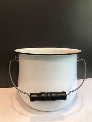 Vintage Belmont Stamping & Enameling Co. Belmont Ware Pot for Sale in Perrysburg, OH