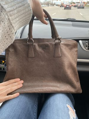 Authentic Prada Calfskin Tote for Sale in Richardson, TX