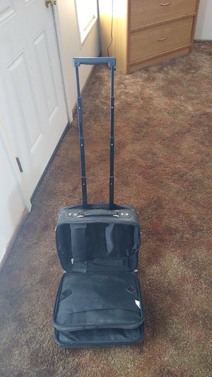 Fellowes travel bag for Sale in Spokane, WA