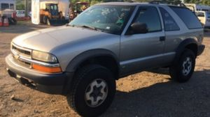 2000 Chevy Blazer 2dr 4x4 140k miles runs and drives!!! NO BRAKES for Sale in Fort Washington, MD