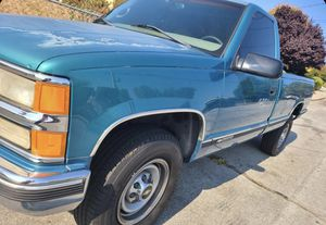 1998 Chevy Silverado 2500 Single Can Long Bed for Sale in Richmond, CA