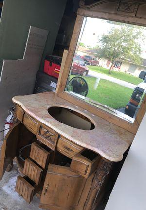Bathroom vanity for Sale in Coral Springs, FL