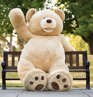 STUFFED TEDDY BEAR 6 FT for Sale in Seattle, WA