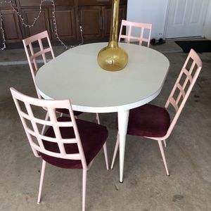 Vintage chromcraft Dining Table With 4 Chairs for Sale in Houston, TX