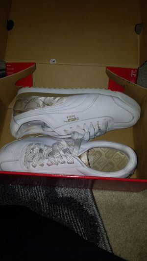 Womens pumas for Sale in Holiday, FL