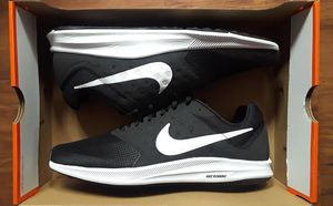 NIKE DOWNSHIFTER 7 SHOE'S WOMEN'S SIZE 11 CONVERSION MEN'S SIZE 9.5 BLACK & WHITE NEW AUTHENTIC for Sale in Fontana, CA