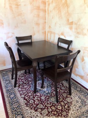Solid wood breakfast nook table and chairs for Sale in Kirkland, WA