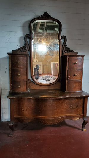 Antique dressing table - perfect craft project to restore for Sale in Itasca, IL