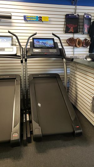 Nordictrack x22i incline trainer treadmill scratch and dent special! for Sale in Glendale, AZ