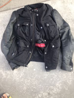 Indians motorcycle jacket zise small comes with gloves for Sale in Bell Gardens, CA