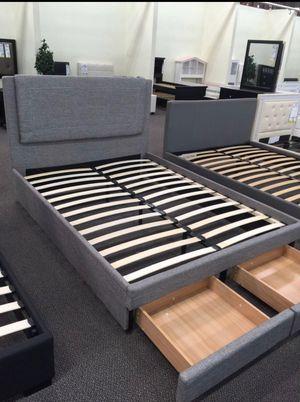 King size platform bed frame with storage drawers for Sale in Glendale, AZ