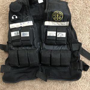 Gold's Gym 20lb Adjustable Weight Vest for Sale in Glendale, AZ