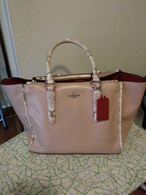 Coach bag for Sale in Meriden, CT