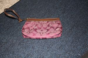 Purple coach wristlet for Sale in Colorado Springs, CO