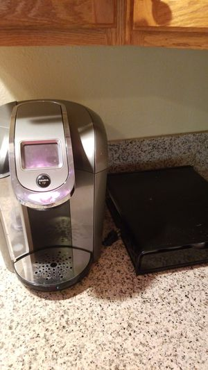 Keurig Coffee Maker and KCup tray for Sale in Claremont, CA
