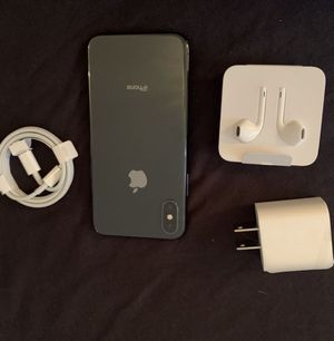 Apple iPhone X S 512 GB space gray unlocked bonus new case and screen protector I can meet and deliver for Sale in Fremont, CA