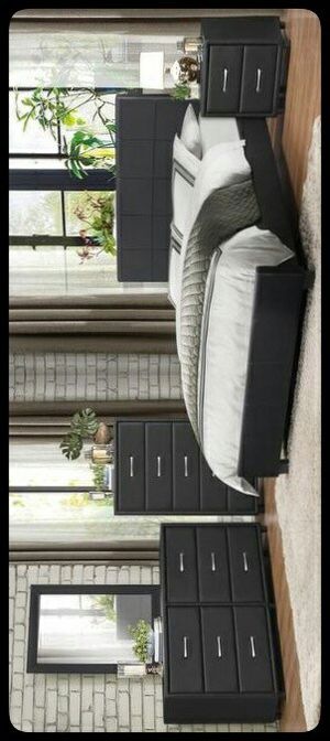💤Special💤 Lorenzi Black Vinyl Platform Bedroom Set for Sale in Hyattsville, MD