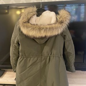 Warm Winter Coat , Perfect condition for Sale in Orting, WA