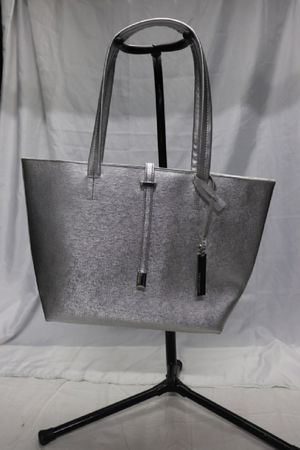 Vince Camuto Leila Small Travel Tote Bag for Sale in Penn Hills, PA