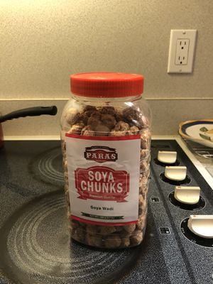 Paras soya chunks for Sale in Toledo, OH