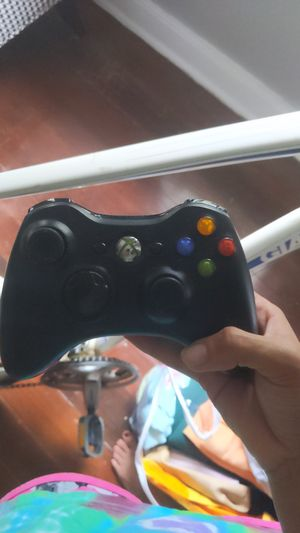 Xbox 360 game controller for Sale in Savannah, GA