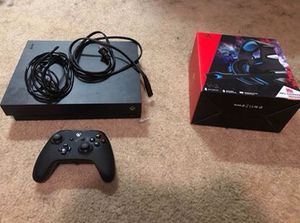 Xbox 1 X and Xbox elite controller for Sale in Raleigh, NC